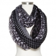Women's Chain Link Pattern Infinity Scarf - Black